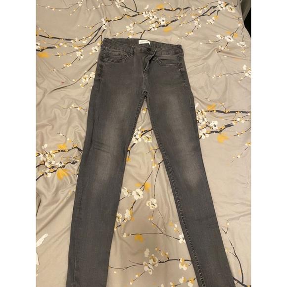 Zara jeans mid waist